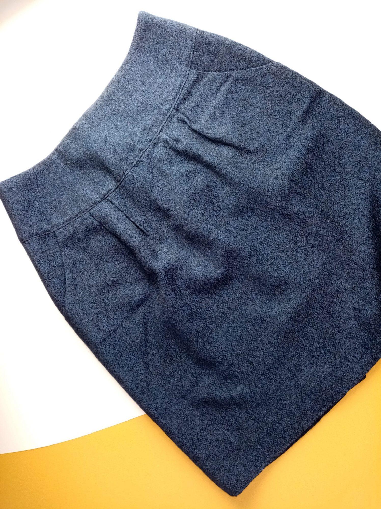 Jupe en laine, avec poches italiennes