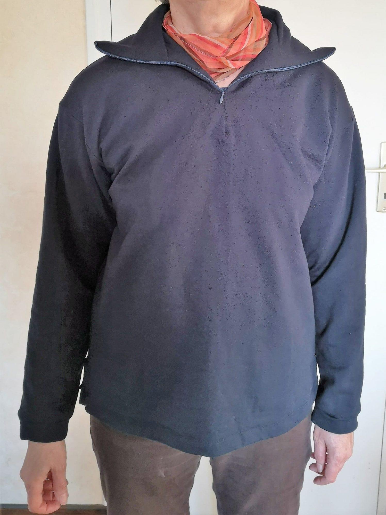 T-shirt bleu zippé manches longues